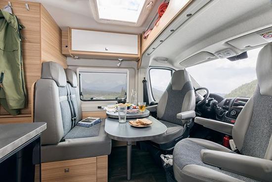Campingbus mit Dieselmotor aus  Hannover